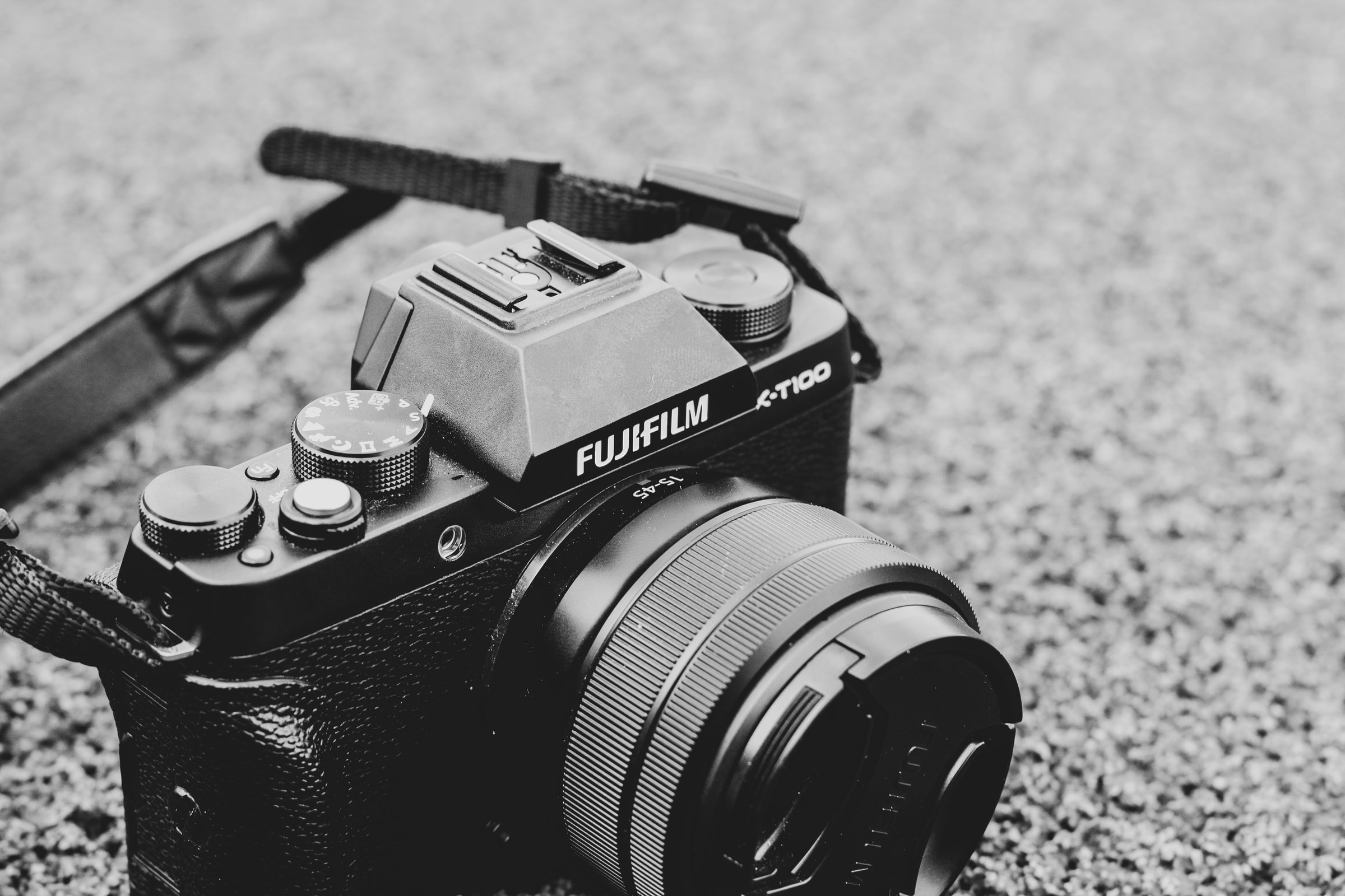 Quick Guide on How to Choose Between Your DSLR and Mirrorless Camera
